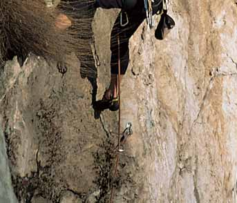 This second edition of Climbing in Valle Sabbia has enhanced its look thanks to the sensitivity and invaluable support of the