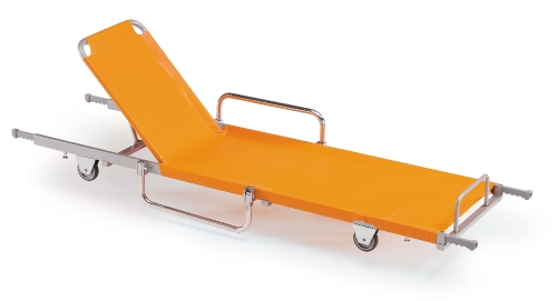 It is made of varnished steel and with sheet made of PVC, and it is the ideal emergency stretcher also because it can be easily stored.
