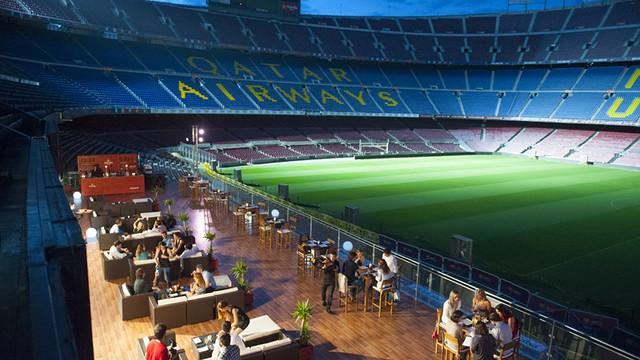 Figura 2 - Il primo anello dello stadio Camp Nou trasformato in una lounge (fonte: sportbusinessmanagement.