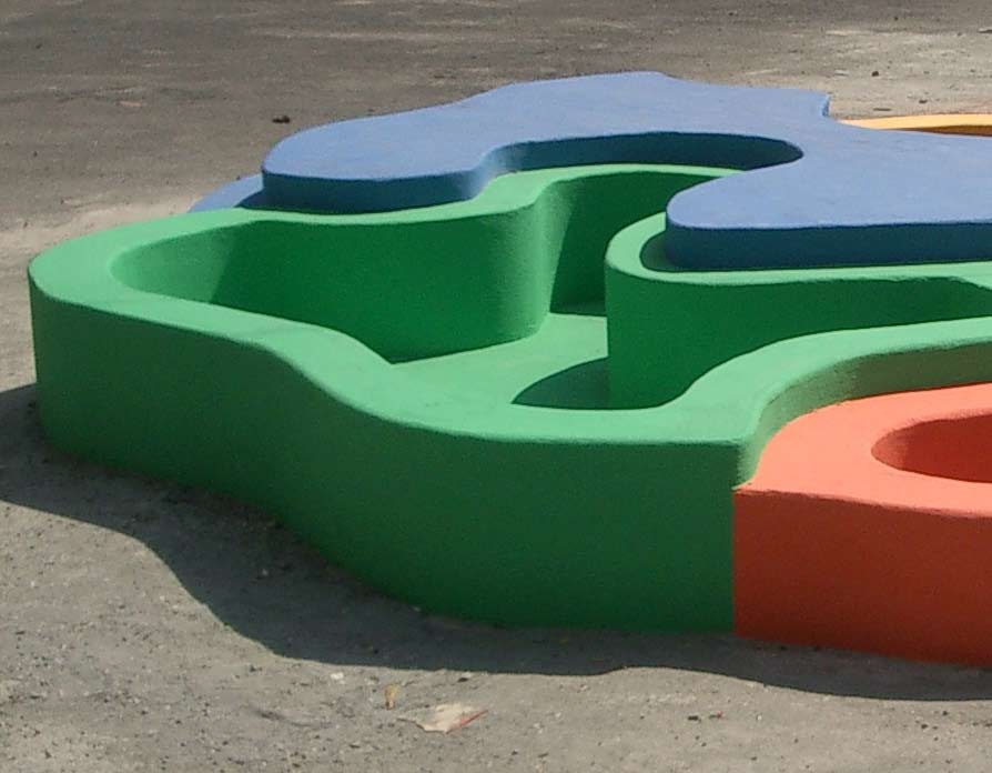 Random map-playgrounds (2003), ø500 cm, painted concrete. Permanent installation in Yerevan, Armenia.