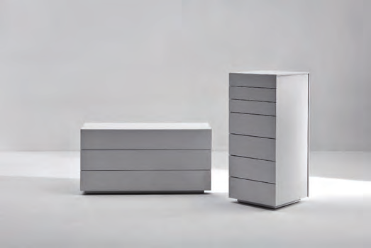 comò e comodini / chest of drawers and night tables Parcel pag.