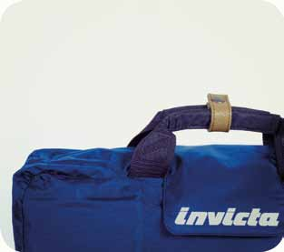 insertion, amovable and adjustable shoulder strap with padded shoulder pad, the Invicta rain cover keeps your bag dry on rainy days; it is inside the bag in