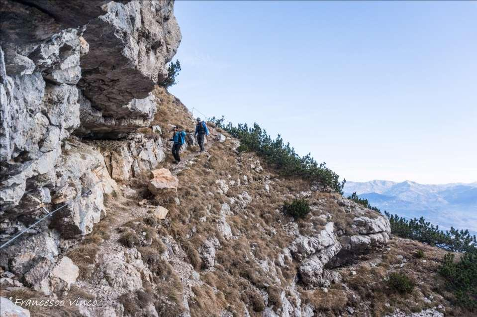 FERRATA SENTIERO ATTREZZATO cos è La sostanziale DIFFERENZA TRA FERRATA E