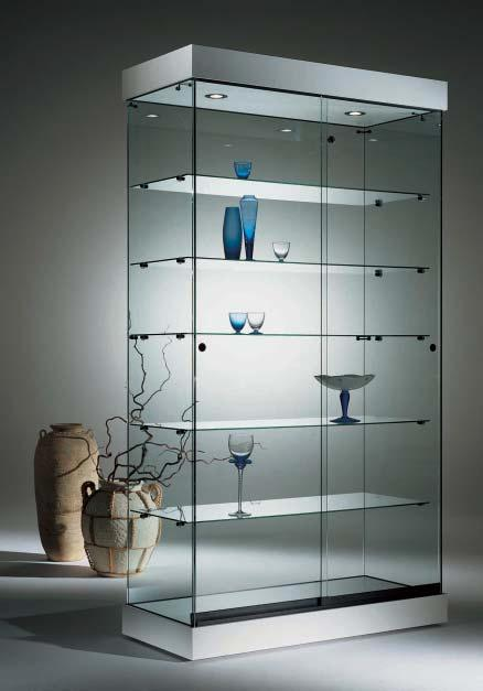 - Illuminazione alogena laterale KIT MC3-MC5. The collection comprises: - 5 shelves on full-size showcases - 3 shelves on counter showcases, depth cm.