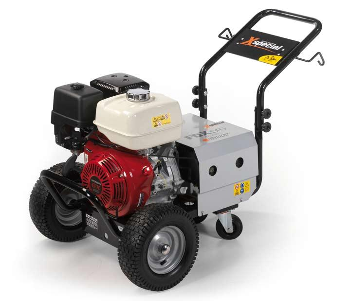 X SPECIAL 1560 FDX PRO 4 ruote - wheels 46 GENERAL FEATURES With 4 wheels of which 2 castors Honda GX series engine (petrol models) or Yanmar L70 engine (Diesel model) No engine-oil safety device