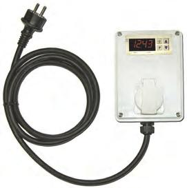 5 Timer digitale 400V 50Hz esterno presa trifase con cavo 2,3 m.  External digital timer 400V 50Hz 3PH socket with 2.3 m el. cable.