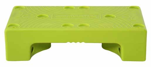 Thanks to several holes located on the surface, it can be stacked and used like the famous building brick toys. It allows you to take advantage of different support surfaces. PUZZLE STEP cod.